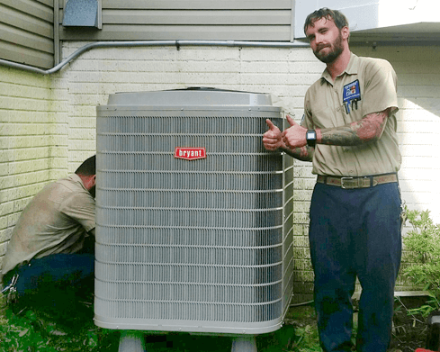 Tech replacing a heat pump